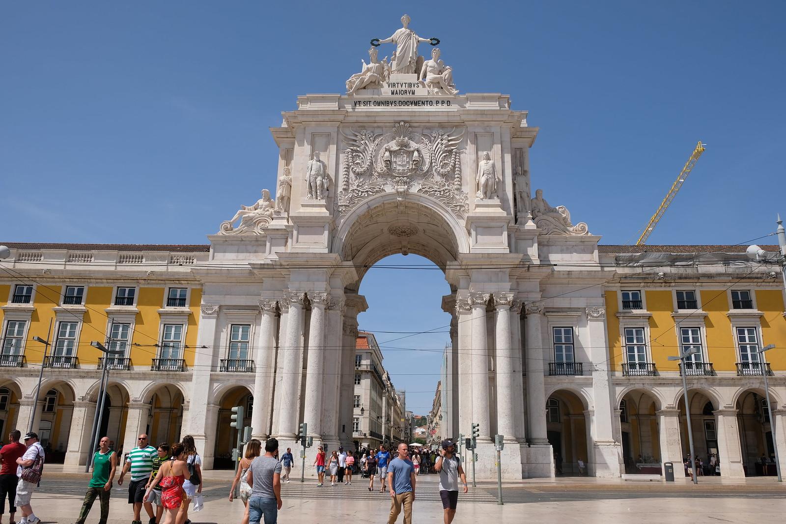 Comercio Square