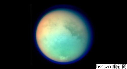 Titan-Moon_1000_550