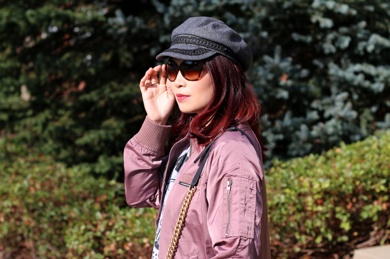 burberry-sunglasses-newsboy-hat-pink-jacket-2
