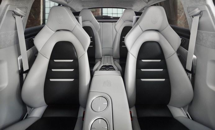 Porsche-Panamera-Turbo-S-E-Hybrid-Sport-Turismo-Exclusive-4