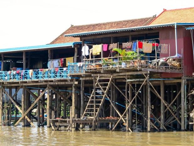 Casas en el lago Tonle Sap