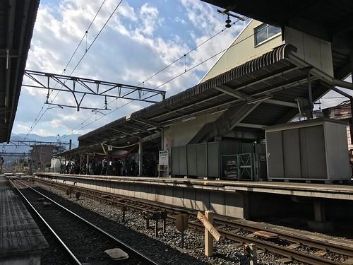 御花畑駅(芝桜駅)に人がたくさんいた
