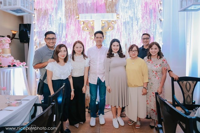 pauleen luna pretty in pink baby shower guests (20)