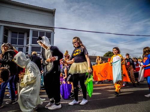 Edison Halloween Parade-36