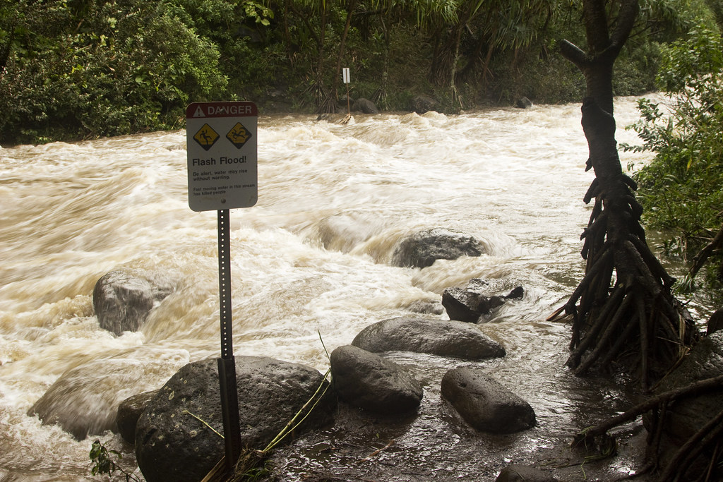 Kalalau Trail flooding
