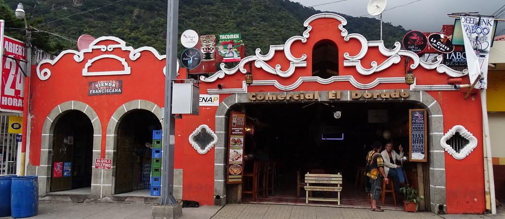 Panajachel Ciudad Guatemala 01