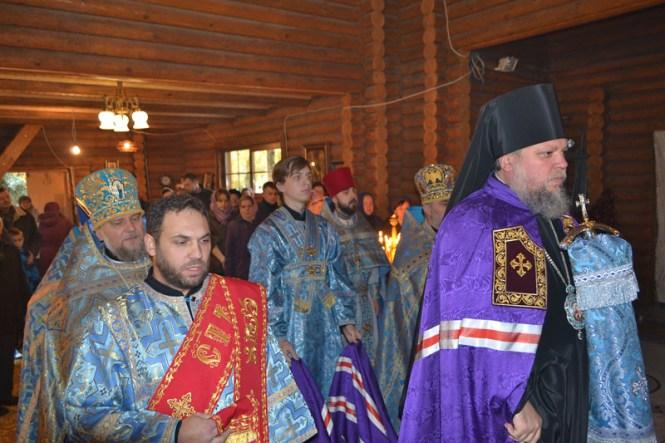 День памяти Казанской иконы Божией Матери в столичном храме в 2017 году