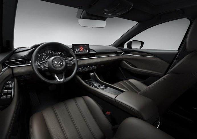 2019-Mazda6-18