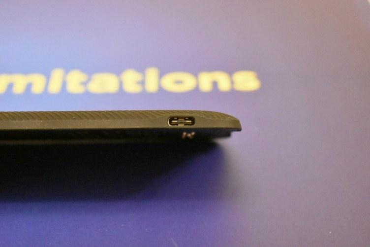 Moto Turbopower pack - USB Type-C charging pin