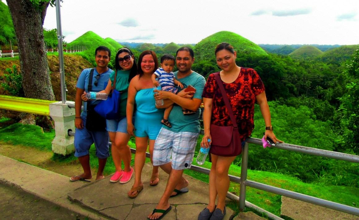 touring-chocolate-hills