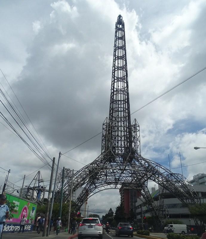 Ciudad de Guatemala Torre del Reformado 02