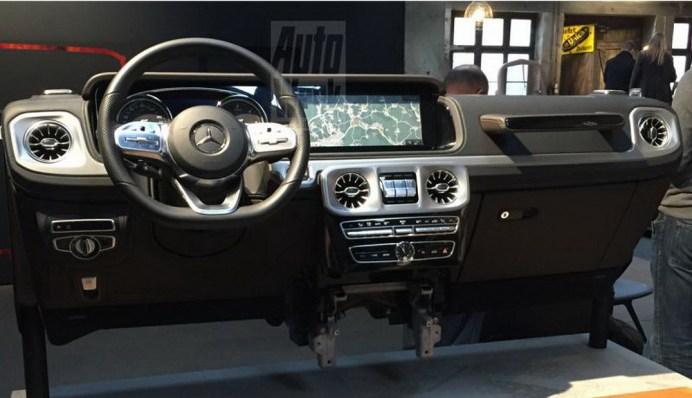 g-class-interior (3)