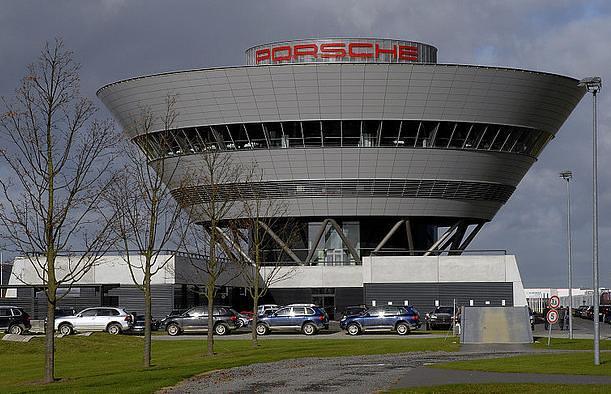 Porsche-plant-in-Leipzig