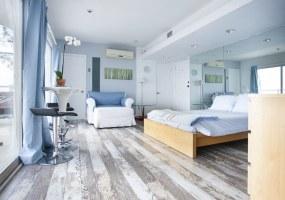 8561 Hillside Ave,Los Angeles,California 90069,1 Bedroom Bedrooms,1 BathroomBathrooms,Apartment,Hillside Ave,5486