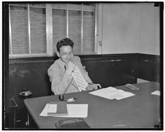 Flaxer to organize state, local government workers: 1937