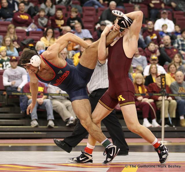 174 Chris Pfarr (Minnesota) maj. dec. Dominic Kincaid (Fresno State) 13-1 - 171210AMK0133