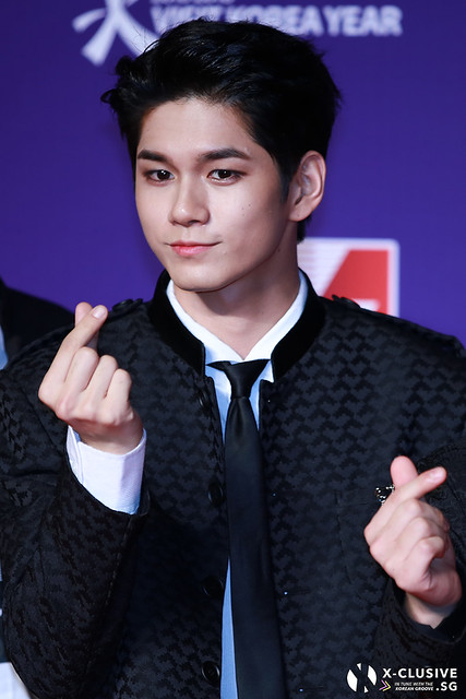 Ong Seongwu (WANNA ONE) at 2017 MAMA in Hong Kong