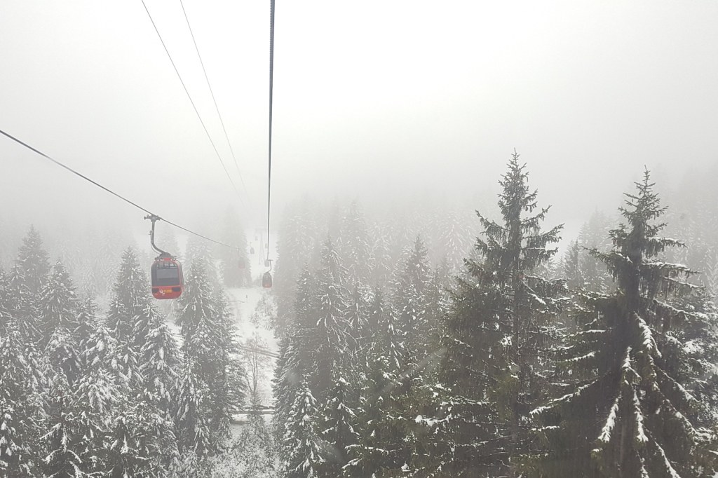 04 gondola ride to Pilatus