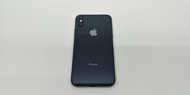 iPhone X ด้านหลัง