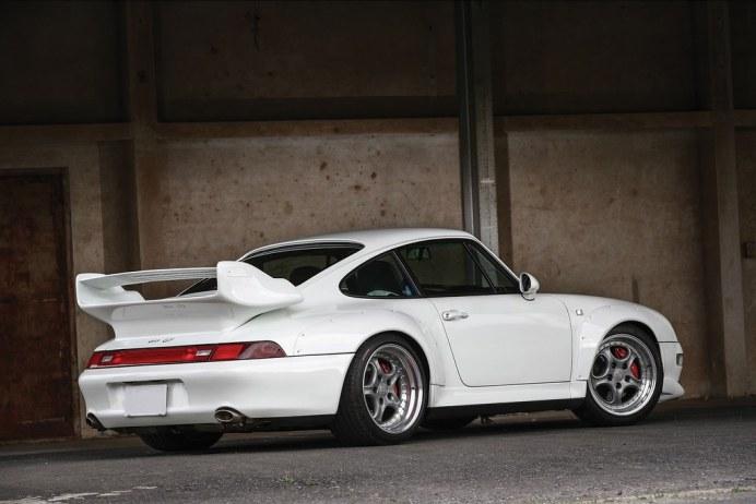Porsche-911-GT2-Auction-3