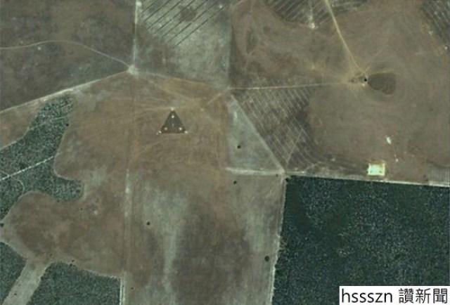 Triangle-UFO-1142277_590_400