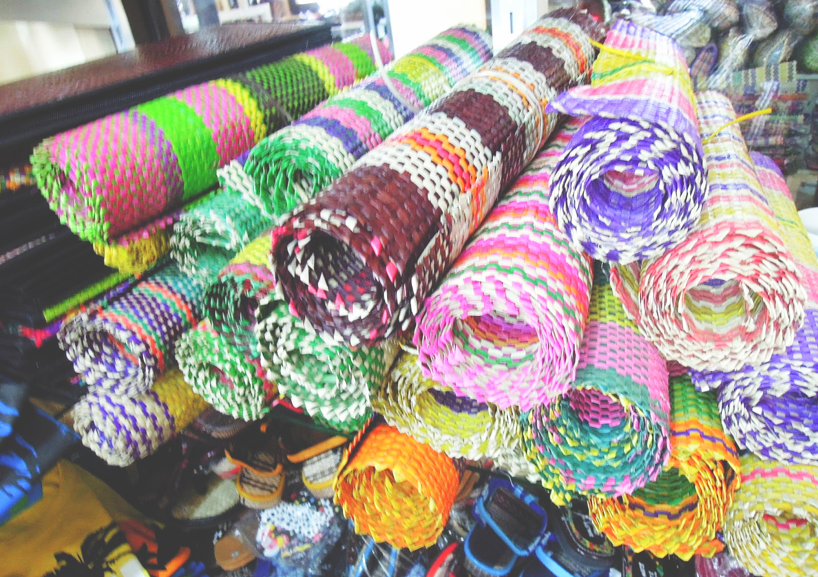 Knitting Meaning In Tagalog : Discovering baler: hunting for the best deals in pasalubong