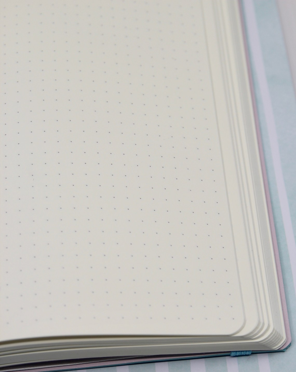 notebook review hippo noto a cream dot grid the well appointed  the paper is luscious i ordered the dot grid because it s my favorite and i wasn t disappointed the paper itself is smooth and my nibs felt like butter