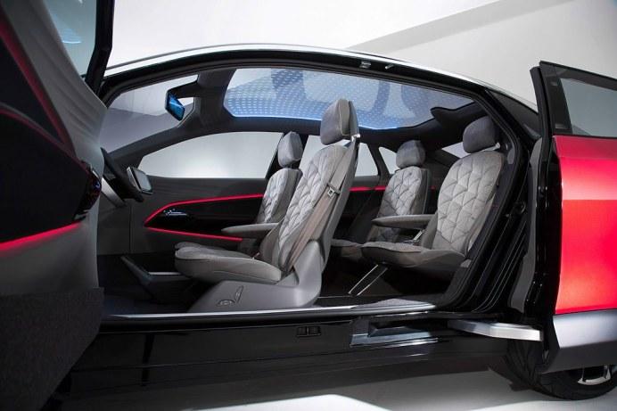 VW-ID-Crozz-Concept-LA-30