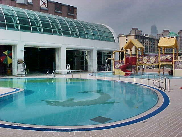 何文田游泳池 戶外遊樂池/嬉水池