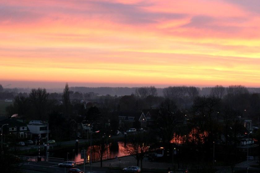 auringonlasku_leidenissä