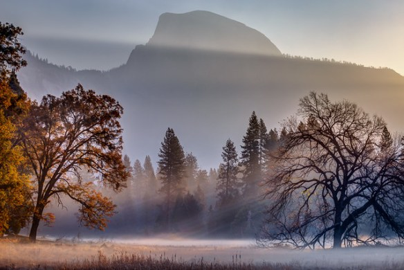 Sunrise and weather photography in Yosemite National Park, California
