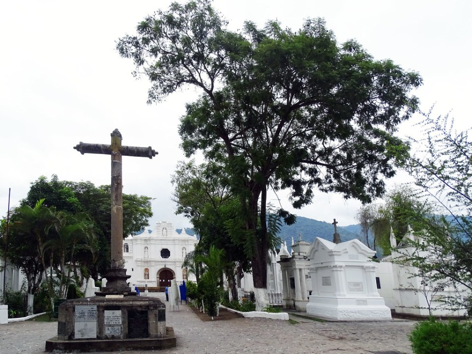 Ermita y Cementerio de San Lazaro Antigua Guatemala 05