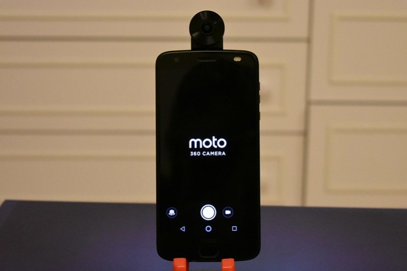 Moto Z2 force with Moto 360 camera