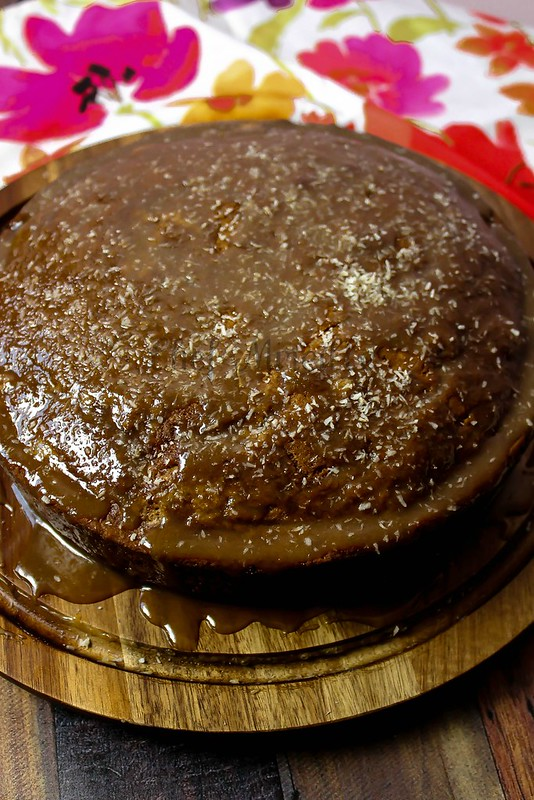 Applesauce Cake -edit