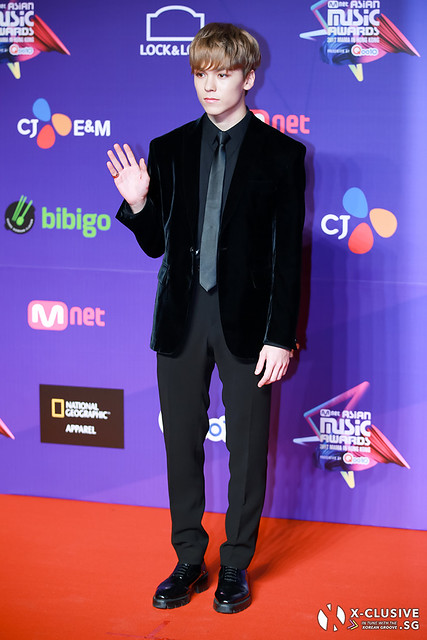 Vernon of SEVENTEEN at 2017 MAMA in Hong Kong