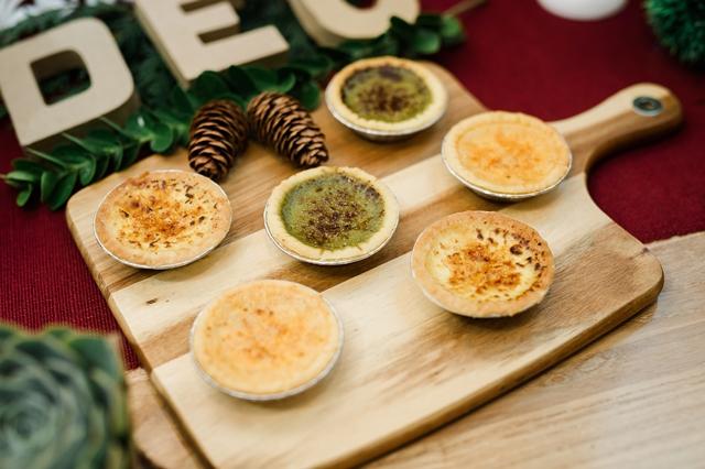 santa's treats spread (3)