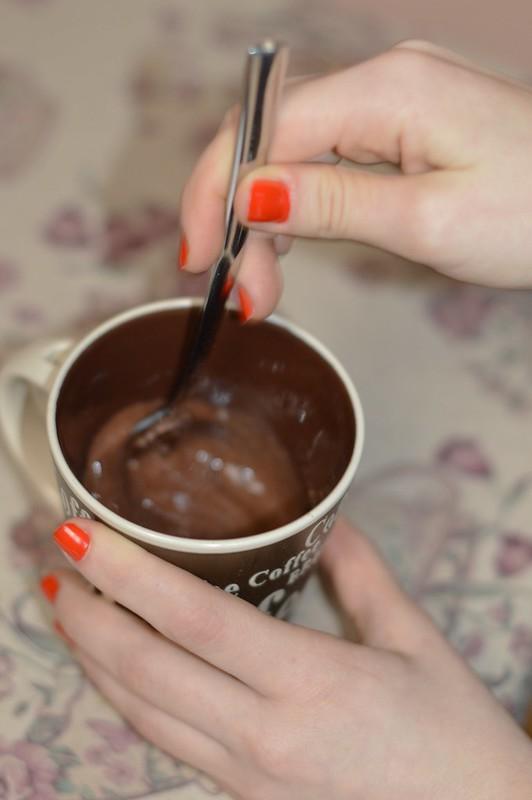 bizcocho-chocolate-microondas-3-minutos-luz-tiene-un-blog (8)