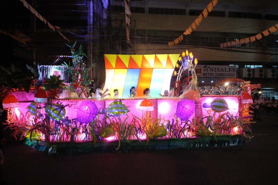 Parade of Lights (Float Competition)