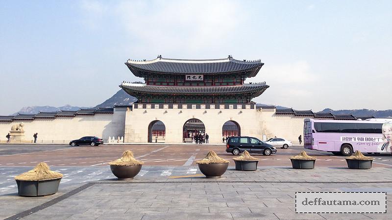 5 hari di Seoul - Gwanghamun Gate
