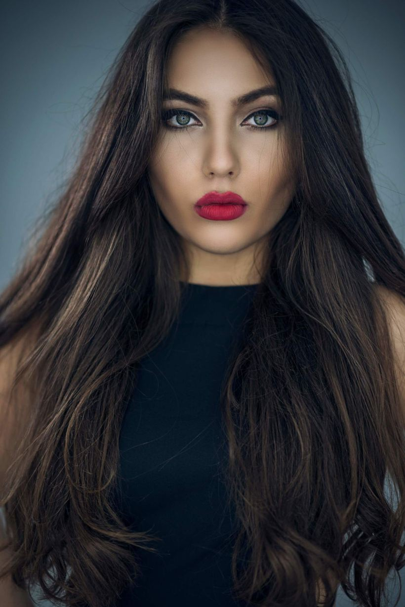 Gorgeous Valentine's Day Hairstyles For Long Thick Hair