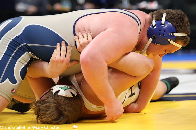 3rd Place Match - Tony Putz (St. Peter) 35-3 won by fall over Chase Liestman (Litchfield) 38-9 (Fall 4:41). 180303BMC6120