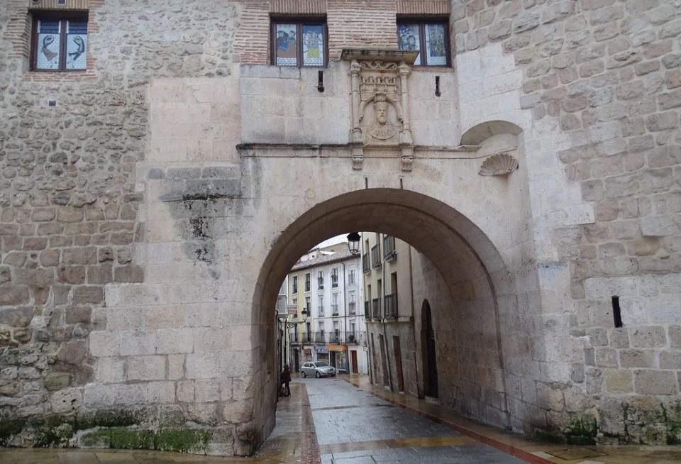 Burgos Arco de San Gil 02