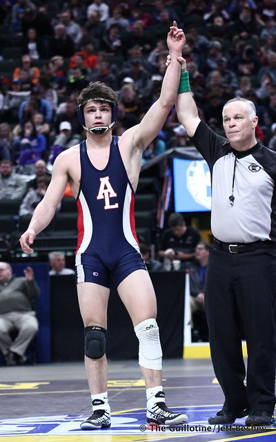 3rd Place Match - Brody Nielsen (Albert Lea Area) 45-7 won by decision over Willie Bastyr (Lakeville South) 33-7 (Dec 8-7). 180303BJF0246