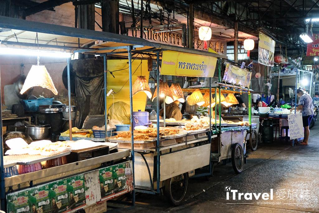 曼谷夜市推荐 查龙四夜市Chok Chai 4 Night Market (22)