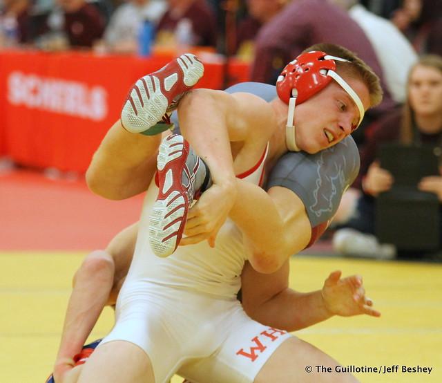 132 1st Place Match - Clay Carlson (Willmar) 12-0 won by decision over Dylan Droegemueller (Anoka) 12-1 (Dec 5-1) - 171216CJF0800