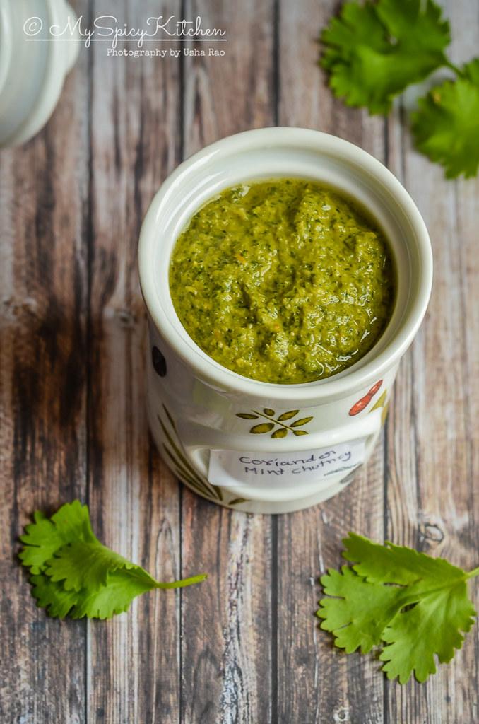 Dhania Pudina Chutney, A jar of coriander mint chutney,