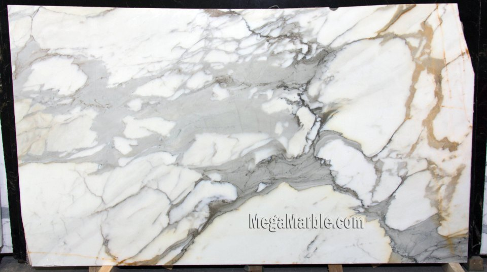 Calacatta Borghini 2cm marble slabs for countertops