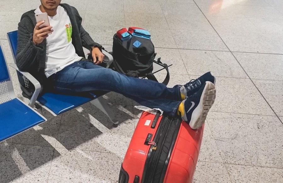 7e6c020acf 4 things I consider when choosing a luggage (Heys Luggage)