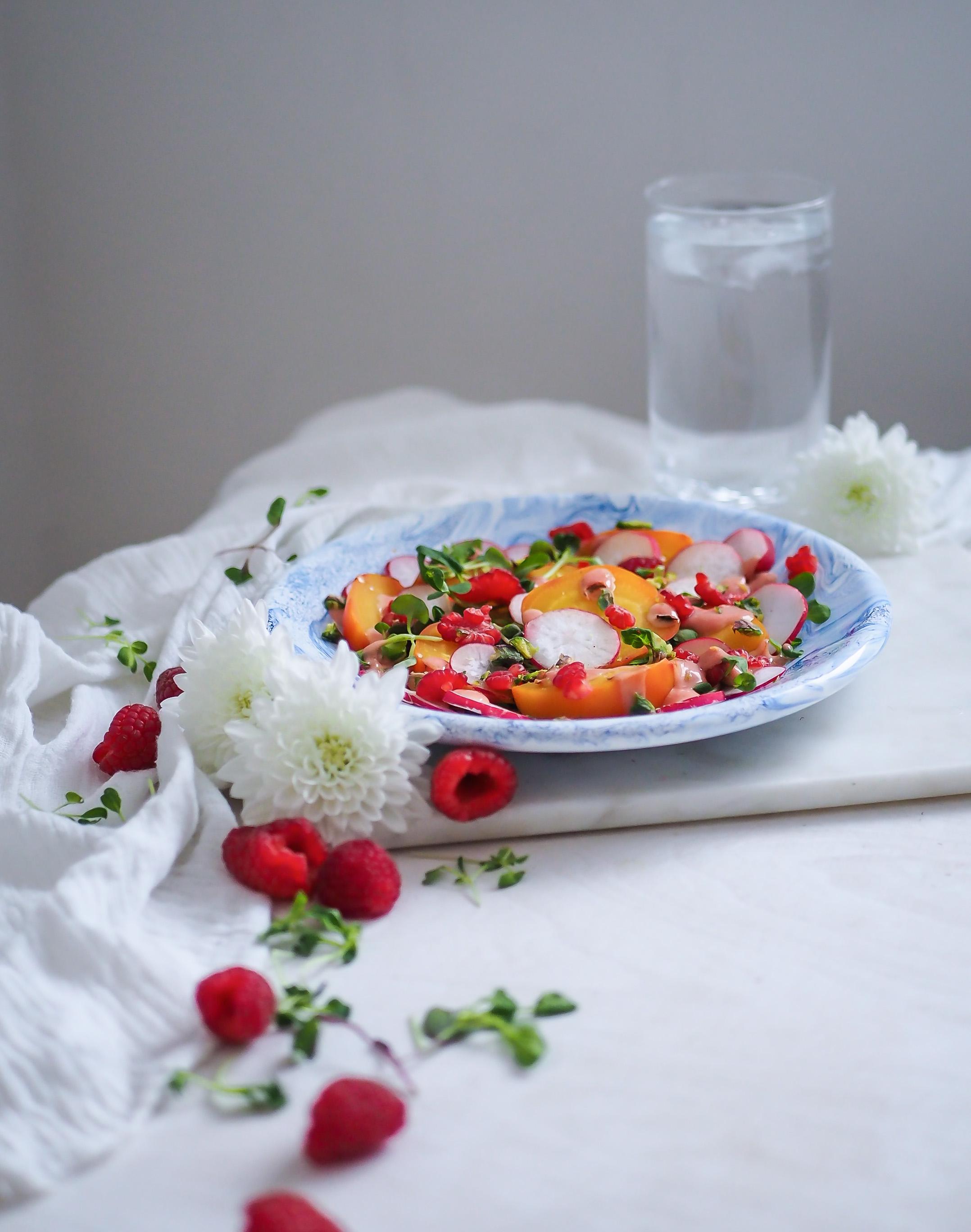vadelma salaatti