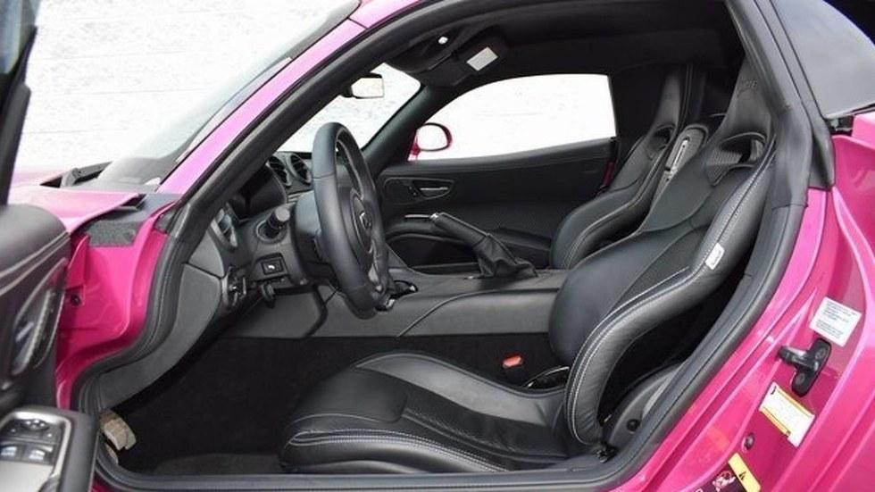 2017-dodge-viper-metallic-pink6